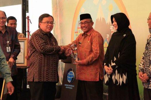 Kota Depok Raih Anugerah Bhumandala Award 2016