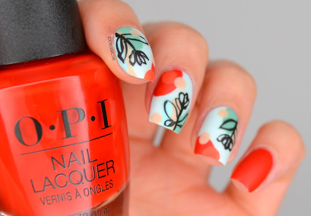 Abstract Tulip Nail Art