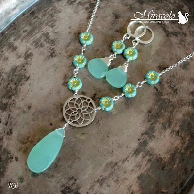 Miracolo, flower beads primula, kropla jadeitu, jadeit zielony, kolczyki i wisiorek z jadeitem, jade earrings and pendant, green jade, jade set