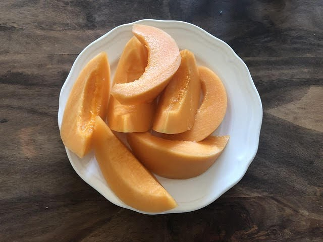 Frullato detox melone, kiwi e menta