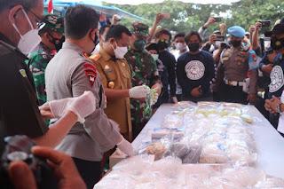 Kapolda Sulsel Pimpin Pemusnahan  Barang Bukti 74, 9 Kg Sabu dan 38.604 Butir Ekstasi