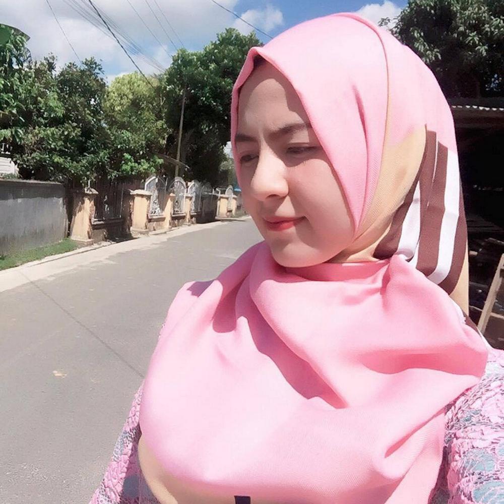 DP cantik dan imut BBM cewek jilbab