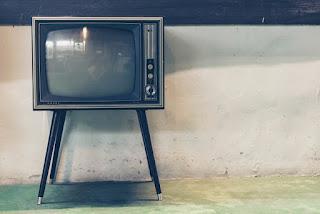 adultos mayores prefieren la tv
