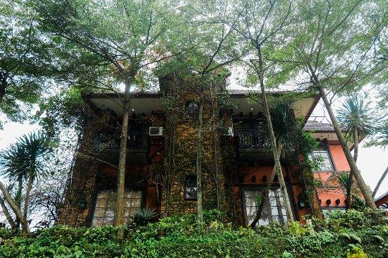 EdensoR Hills Villa and Resort Bogor