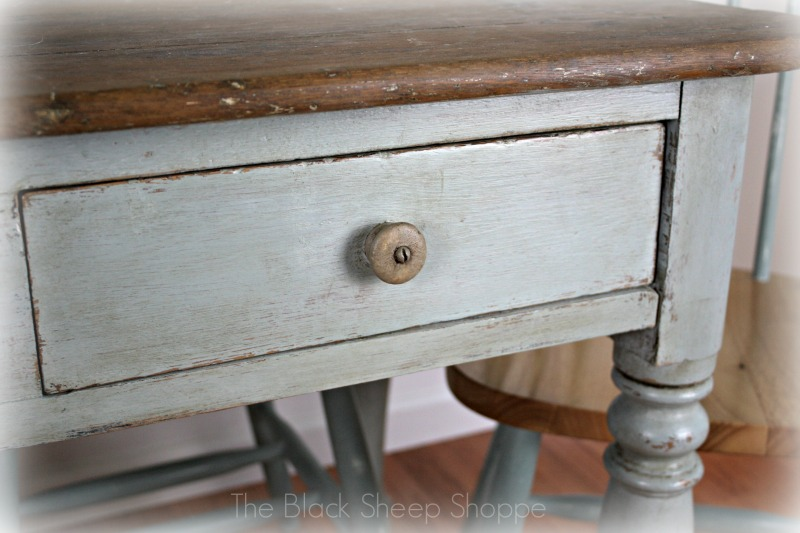 Table in Duck Egg blue and knob in Coco.