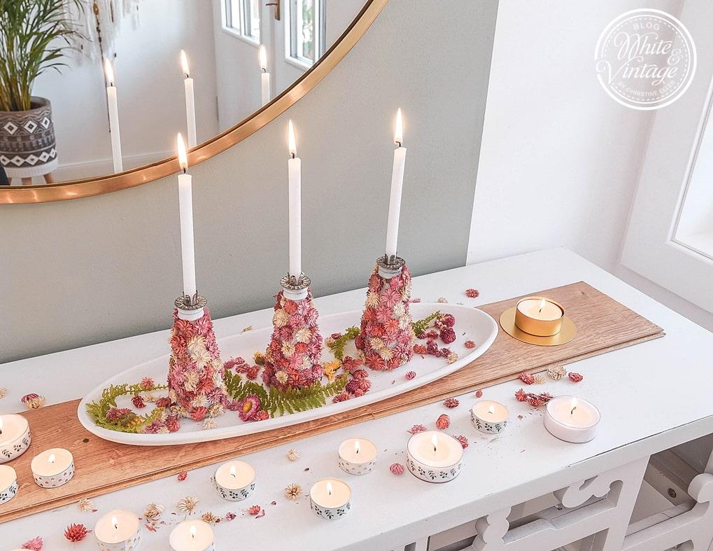 Dekoidee für den Sommer mit selbstgebastelten Kerzenhaltern.