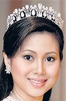 diamond tiara princess azrinaz brunei