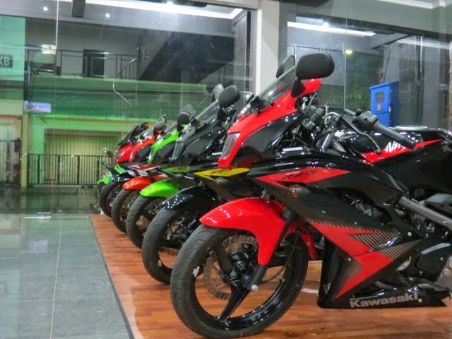 Motor Kawasaki Ninja 250 CC