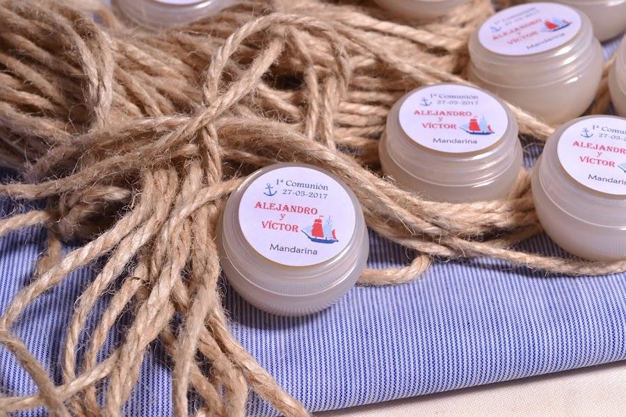 Balsamos de karite personalizados para detalles de comunión marinera