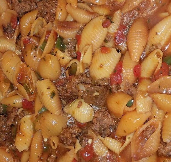 EASY SOUTHERN PASTA SHELLS WITH GROUND BEEF