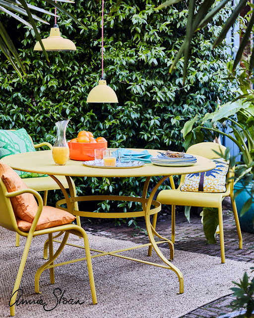 11 Dos And Donts When Using Chalk Paint, Can You Use Rustoleum Chalk Paint On Outdoor Furniture