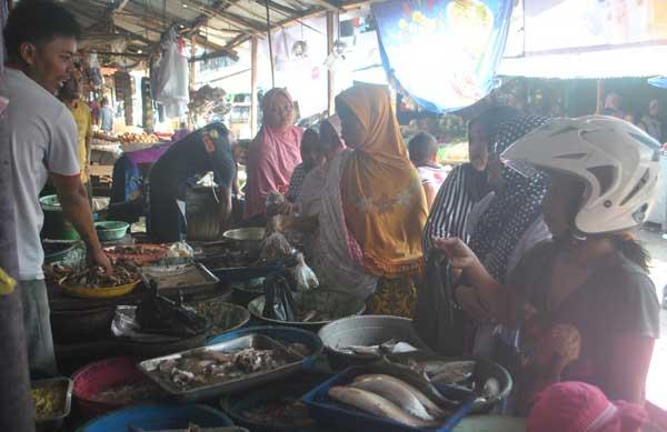 sewa di pasar pemda majalengka tarik ulur dengan pedagang