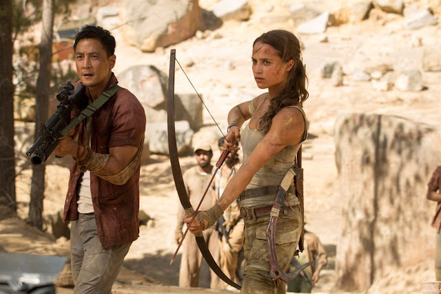 Lu Ren (Daniel Wu) et Lara Croft (Alicia Vikander) dans Tomb Raider