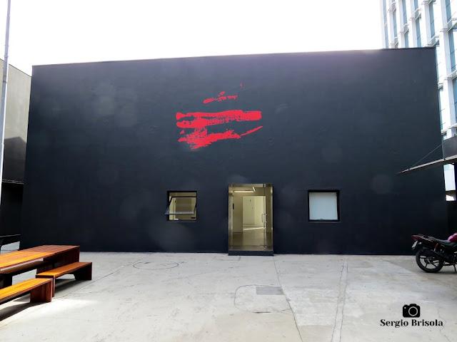Vista da fachada da Galeria Vermelho - Higienópolis - São Paulo