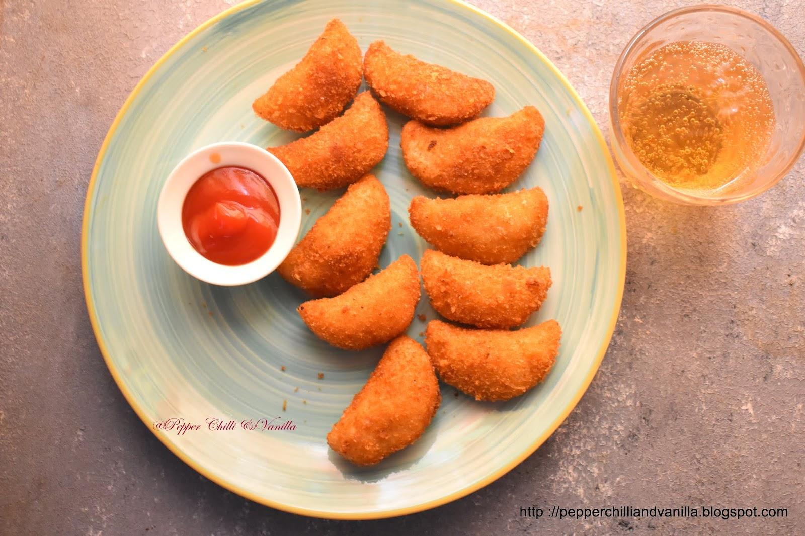 chicken rissois,chicken pies fried,chicken turnover,chicken rissois recipe