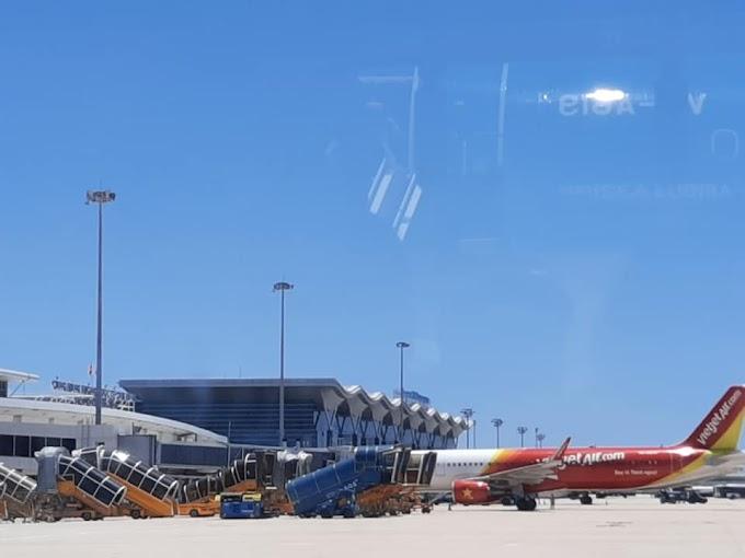 Việt Nam có bao nhiêu sân bay?