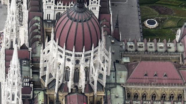 Országgyűlés – Rendkívüli ülésen döntenek a járvány miatti uniós hitelfelvételről