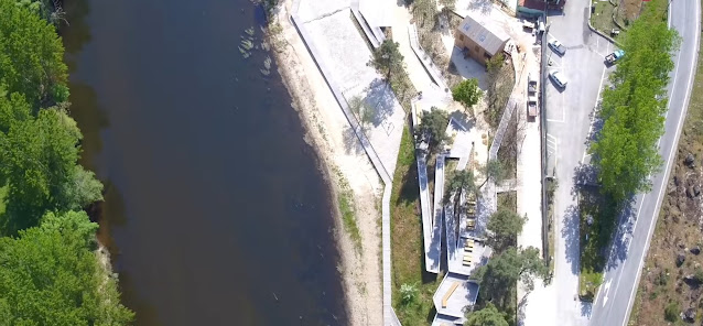 Vista Aérea dos passadiços da  Praia do Rabaçal
