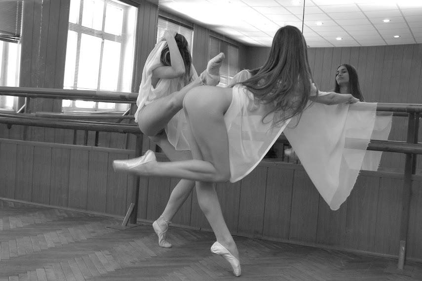 Met-Art 20040530 - Jasmine A & Uliya E - Coreography - by Goncharov - idols