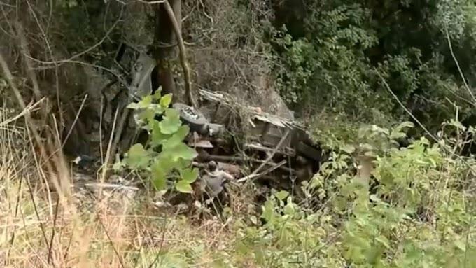 Motorista morre após caminhão tombar de altura de 30 metros na Serra da Ibiapaba