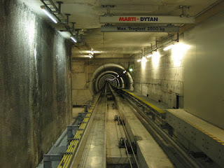 Inter-terminal train tunnel at Zürich International Airport, Switzerland