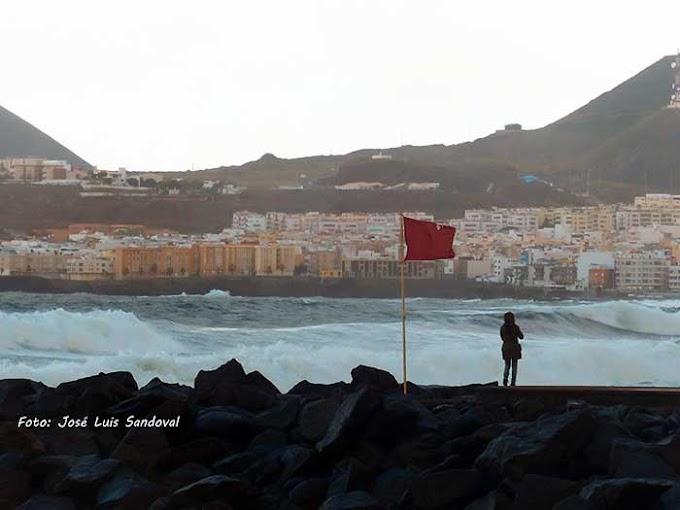 Avisos por viento y oleaje Canarias, viernes y sábado
