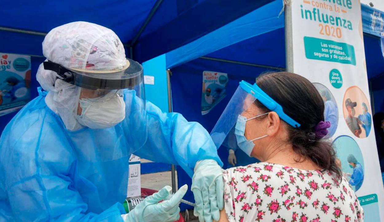 Vacunación contra la COVID-19 en Perú