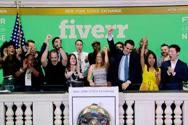 طريقة الربح من موقع فايفر Fiverr أزيد من 500 دولار مع زيادة الطلب على خدماتك !