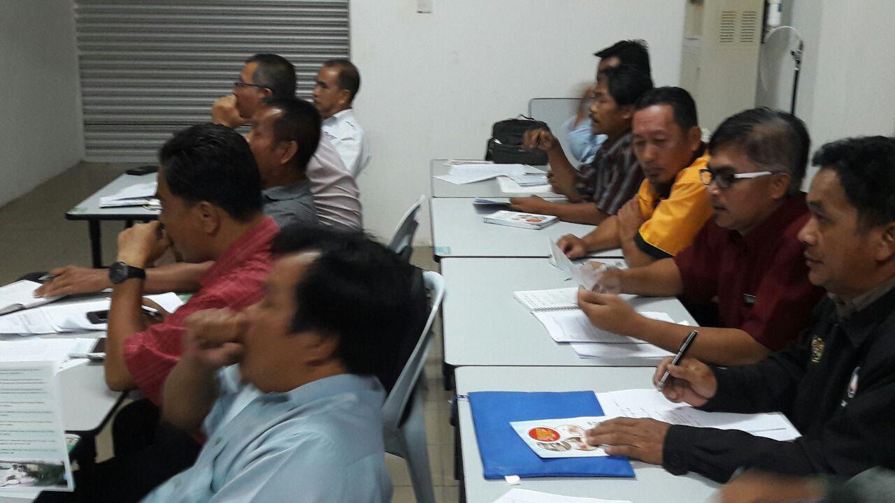 Tempat Dewan Serbaguna Kolej Komuniti Betong Peserta Penyelia Asrama Daerah Pengelola Pejabat Kesihatan Bahagian