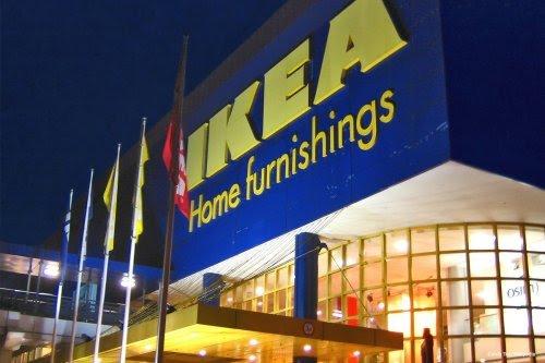 Diserang Pelanggan yang Rasis, IKEA Membela Karyawannya yang Berhijab