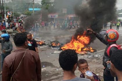 Ada Apa di Balik Rusuh Papua dan Pindah Ibu Kota?