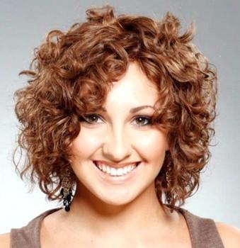 Style rambut pendek wanita gemuk curly