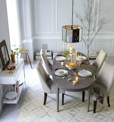 Gray dining table idea with great decoration