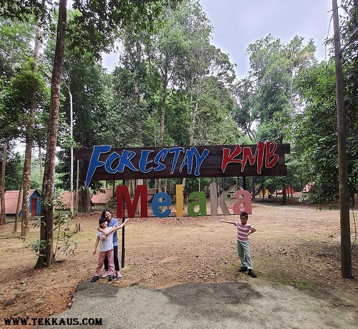 Camping Chalet Stay at Taman Botanikal Melaka