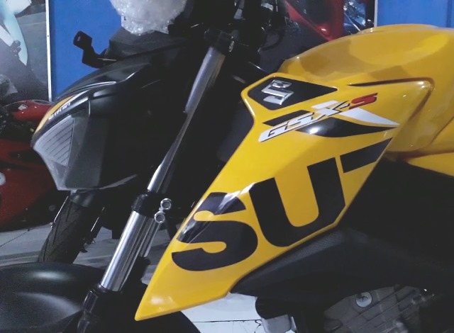 Warna Baru Suzuki GSX-150 2019