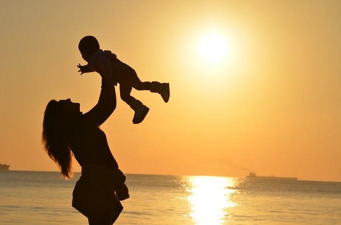 माँ पर कविता स्पेशल हैप्पी मदर डे पर । poem on mother in hindi for happy mother day