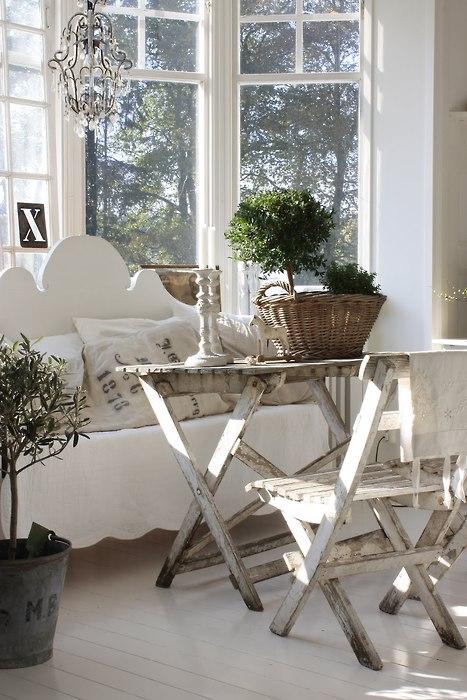 mia definizione di shabby chic ripresa da blog portantica. Black Bedroom Furniture Sets. Home Design Ideas