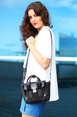 OOTD manis Rok Mini A Line Kulit Leather
