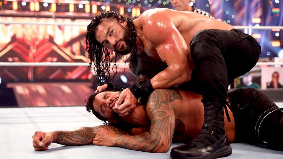 WWE quis mostrar novo lado obscuro e covarde de Roman Reigns no Clash of Champions