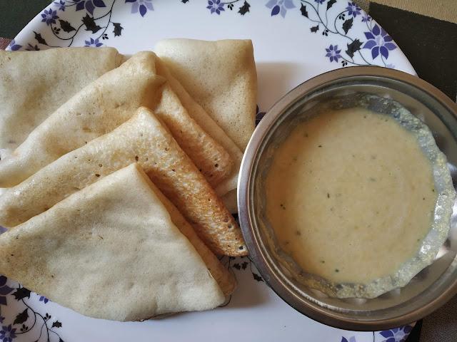 Plain Dosa or Chakuli with Chuney in Bangalore
