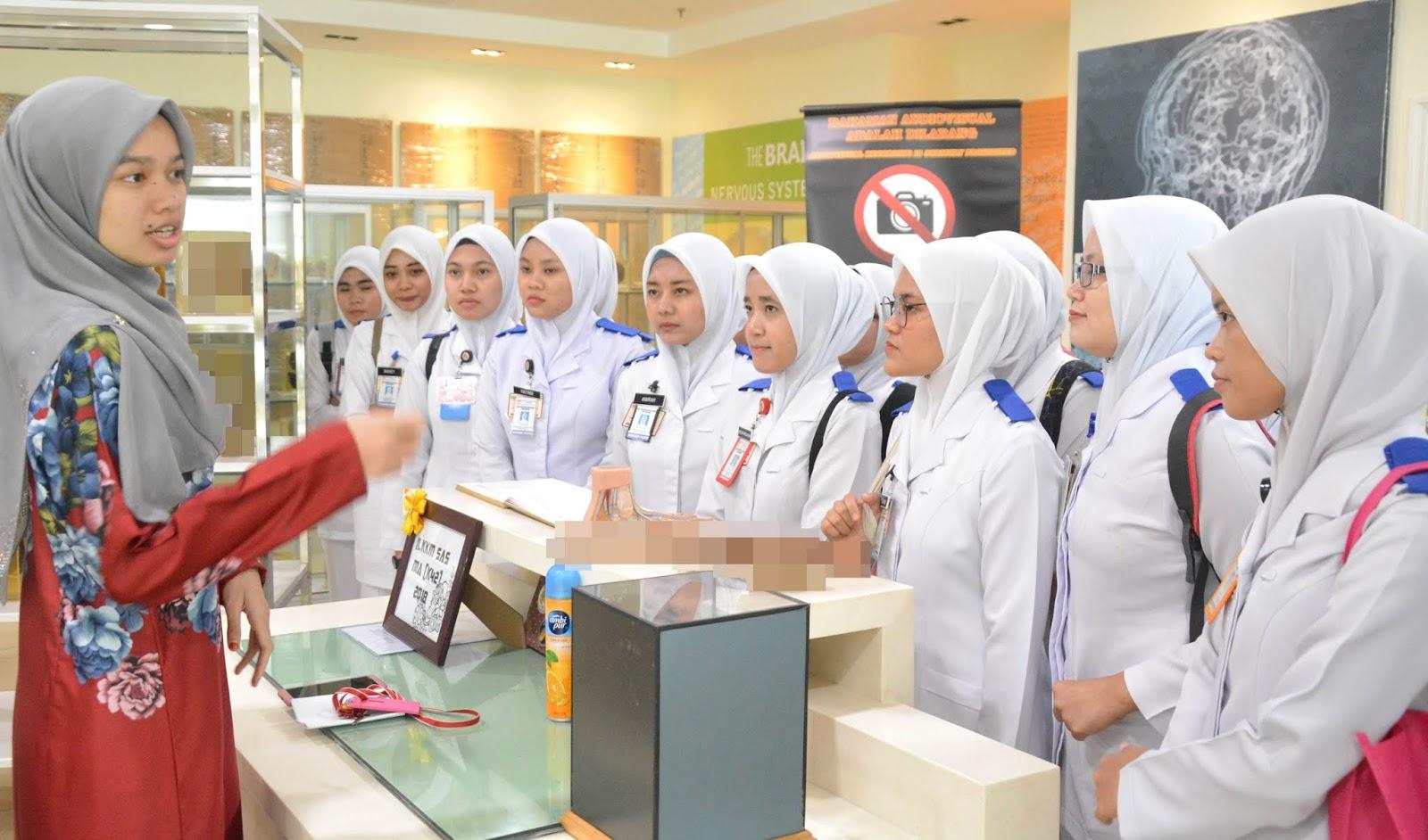 Graduan Institut Latihan Kementerian Kesihatan Malaysia