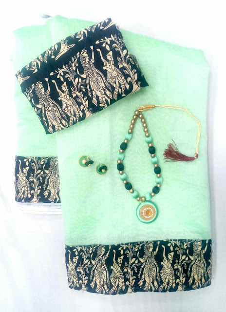 Chanderi Cotton Saree With Blouse Piece And Jewellery Set