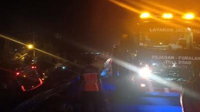 Bus Tabrakan dengan Truk di Tol Brebes-Pejagan hingga Masuk Jurang