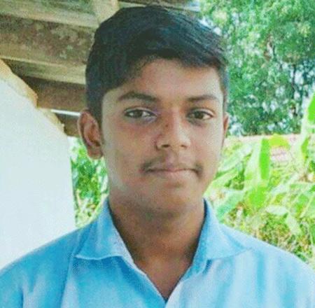 Students dead body found in railway track, News, Local-News, Railway Track, Dead Body, Parents, Police, Kerala