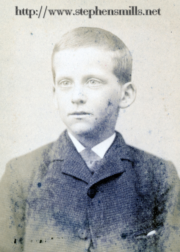 Younger photo of Archie Dustin Felt