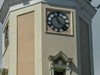 Дрогобыч. Городская ратуша. Часовая башня и куранты