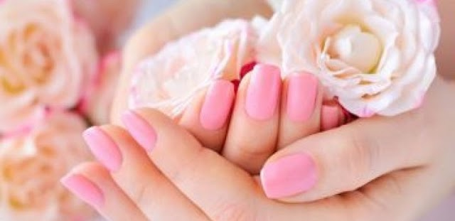 10 AMAZING HOME REMEDIES FOR DRY HANDS