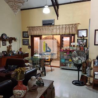 Ruang Tamu Jual Murah Rumah 2,5 Lantai Di Komplek Taman Setiabudi (Tasbi) Medan Sumatera Utara