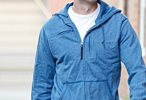 Custom Jacket Hoodie, Pilihan Terbaik Saat Berencana Travelling