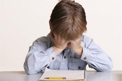 Ενδείξεις ότι ένα παιδί αντιμετωπίζει μαθησιακές δυσκολίες: Πώς μπορούν να βοηθήσουν οι γονείς;